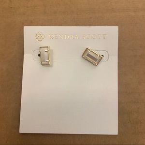 BNWT Kendra Scott White Pearl & Gold Earrings